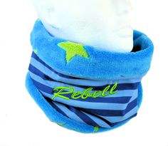 Wer hat noch einen kleinen Rebell Zuhause? ;-)  wärmende Loopschals für Kinder gibt es bei leolienchen-design