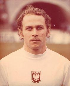 Grzegorz Lato (Poland, 1971–1984, 100 caps, 45 goals)