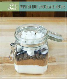 The Best Winter Hot Chocolate Recipe | Mason Jars | DIY Homemade Mason Jar Recipes at pioneersettler.com