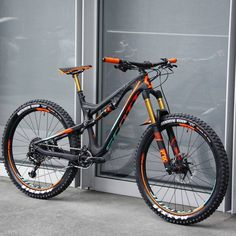 View Vital MTB member Eneite's mountain bike check 'Scott Genius LT 700 Tuned Plus'. Mt Bike, Mtb Bicycle, Cycling Bikes, Mountain Biking, Mountain Bike Shoes, Fully Bike, Velo Dh, Scott Bikes, Montain Bike