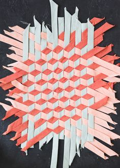 Tumbling Block Bias Tape Weaving If you're a seamstress extraordinaire than you are no stranger to bias. Weaving Designs, Weaving Projects, Weaving Patterns, Quilt Patterns, Paper Weaving, Weaving Art, Tapestry Weaving, Fabric Weaving, Fabric Manipulation Techniques