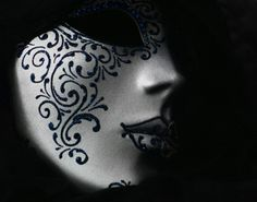 Mask:  Reprise by LostOnMyOwn on deviantart