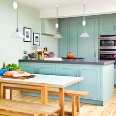 Green and wood kitchen | Green kitchen colour ideas | Colour | Design | PHOTO GALLERY | Housetohome.co.uk