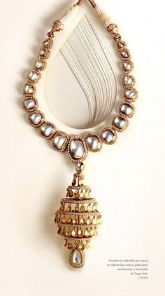 A traditional single line polki necklace by Zoya  by Tanishq. Shop for your wedding jewellery with Bridelan - a personal shopper & stylist for weddings. Website www.bridelan.com #Bridelan