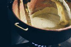 Maurizio Pirovano, La pelle racconta. Concerto in favore delle persone terremotate, Cisano Bergamasco (BG). Fotografie di Chiara Arrigoni. #lecco #rock #music #mauriziopirovano #food #polenta
