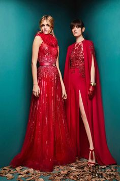 The complete Zuhair Murad Fall 2018 Ready-to-Wear fashion show now on Vogue Runway. Red Fashion, Fashion 2018, Fashion Week, High Fashion, Style Haute Couture, Couture Fashion, Runway Fashion, Paris Fashion, Zuhair Murad