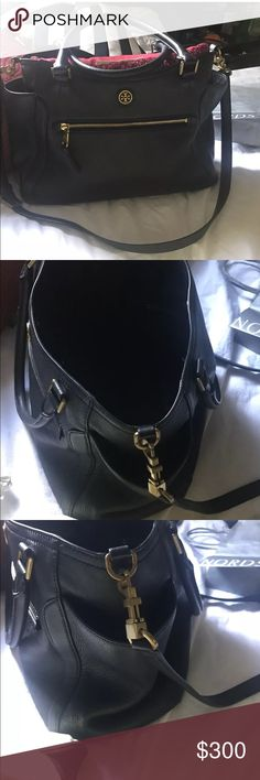 Tory Burch Frances Satchel Bag Tory Burch ~Frances Large Pebble Leather Bag in nice preowned condition. 10x14x5.5. Comes with Dustbag Tory Burch Bags Satchels