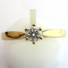Solitaire diamant classique 1187 (950 euros TTC) http://www.bijoux-bijouterie.com/1627-solitaire-diamant-classique-1187.html #bague #vintage #fiancailles #paris