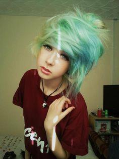Teal hair Extra-messy bangs + little bun Mint Hair, Teal Hair, Green Hair, Turquoise Hair, Ombre Hair, Dying My Hair, Love Hair, Gorgeous Hair, Beautiful