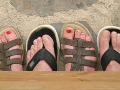Nobody wants a case of #athletesfoot over the #summer! Wear breathable shoes and let them dry out to help prevent this miserable #footfungus! http://www.fixingfeet.com/blog/