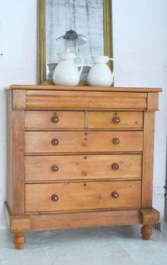 Welsh dresser Welsh Dresser, Dresser As Nightstand, Bedroom Furniture, Antiques, Table, Home Decor, Bed Furniture, Antiquities, Antique