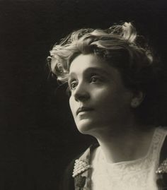 Eleonora Duse - a connection with her and the abbe of Rennes le Chateau Pittsburgh, Muse Music, Isadora Duncan, Italian Women, Suffragette, Victorian Women, Artist Life, Belle Epoque, Famous Faces