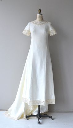 Branchardiere wedding gown vintage 1960s wedding by DearGolden