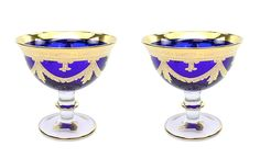Made In the famous Italian Glass factory, Interglass, these glasses are made of highest quality crystal and are hand decorated with 24 karat gold. Since the beginning the company has concentrated its efforts on realization of articles with high artistic and historical content referring them to the Florentine Renaissance Age. Magnificent contrasting colors will enhance your bar and dinner table, the rare drinkware will surely be a topic for conversation at your parties and your guests will… Hurricane Glass, Dinner Table, Old World, Vintage Designs, Serving Bowls, Wine Glass, Italy, Crystals, Luxury