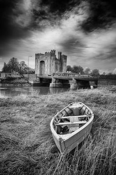 Bunratty Castle, County Tipperary, Ireland