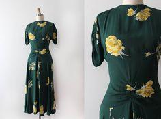 R E S E R V E D vintage 1940s rayon dress // 40s novelty