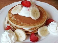 Vyzkoušejte skvělé a rychlé lívance bez kynutí. Pancakes, Cheesecake, Food And Drink, Sweets, Breakfast, Arizona, Buttermilk Pancakes, Kuchen, Morning Coffee