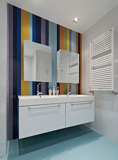 Ideas for Wall Strips - A Popular Home Design Element - Home Decoration Mosaic Bathroom, Bathroom Wall, Foyer Paint, Wall Design, House Design, Striped Room, Paint Stripes, Bathroom Images, Backyard Fences