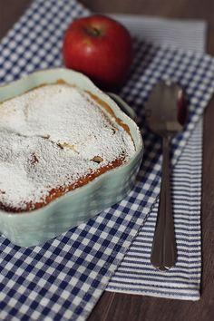 Denn es muss ja nicht immer Kuchen sein: Apfel-Pfannkuchen aus dem Ofen. | A Cake A Day | Mein Foodblog