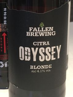 #194 Fallen Brewing Odyssey - Weissbeer-esque, quite hoppy, not bad 3/5 (20/09/2015)