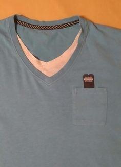 Kup mój przedmiot na #vintedpl http://www.vinted.pl/odziez-meska/koszulki-z-krotkim-rekawem-t-shirty/12593686-niebieska-koszulka-meska