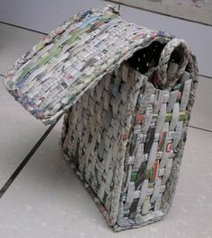 Recycled newspaper bag. #craft #diy #bag