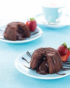 Molten Chocolate Lava Cakes make great desserts while entertaining