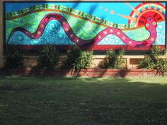 This is an aboriginal mural from some small town I visited in Western Australia. Aboriginal Education, Aboriginal Art, School Murals, Art School, Mural Ideas, Art Ideas, Murals For Kids, Outdoor School, Indigenous Art