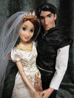 Brunette Wedding Rapunzel and Kingdom Celebration Flynn Rider, both from the Disney Store by beastsbelle, via Flickr