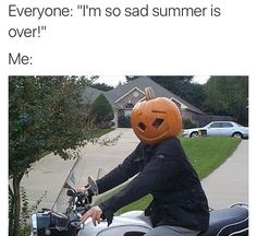 12 Memes For People Who Have Absolutely Zero Chill About Fall