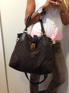 Bolsa linda Louis vuitton mini monogram ! Sale de R$ 2.100 por R$ 1.900,00 ! #desapego#desapegodoluxo#handbags#lv #louisvuitton