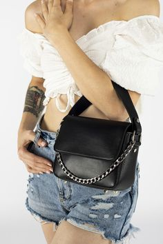 Saddle Bags, Online Shopping, Tops, Fashion, Moda, Net Shopping, Fashion Styles, Fashion Illustrations