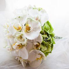 orchid wedding flowers by (c) radmila kerl wedding photography munich  Orchideen Brautstrauß für den Frühling oder Sommer