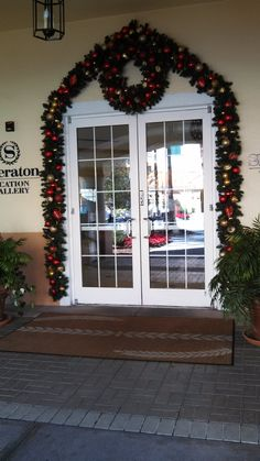 Miller Lights decorates many hotels, town centers, restaurants, Housing developments and resorts for the holidays.  We always decorate the doors to create a warm, welcoming entrance.  Click on pin to find out about our services.