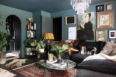 47 Best Blue Living Room Decoration Ideas That You Need To See - A blue living room may bring relaxation to the owner because the nature of the color used itself has relaxing and comforting features. Dark Walls Living Room, Ikea Living Room, Living Room Green, Living Room Paint, Dark Interiors, Colorful Interiors, Beautiful Interiors, Room Colors, Paint Colors