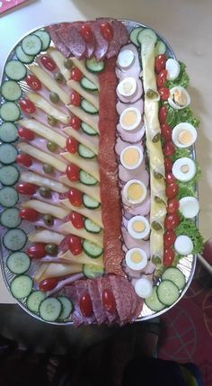 Party Platters, Food Platters, Cold Dishes, Antipasto, Diy Food, Food Art, Sushi, Bacon, Food And Drink