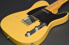 Fender USA American Vintage Series 52 Telecaster Thin Lacquer Butterscotch Blonde