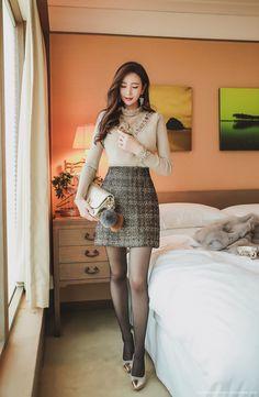 Korean Women`s Fashion Shopping Mall, Styleonme. Beautiful Young Lady, Beautiful Asian Girls, Asian Fashion, Girl Fashion, Womens Fashion, Tweed Mini Skirt, Girls In Mini Skirts, Glam Girl, Fashion Tights