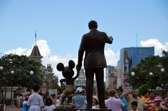 Walt Disney World - Magic Kingdom Park, Amusement Park at Lake Buena Vista - PARKSCOUT