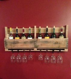 Wine rack from a recycled pallet – DIY projects for everyone! Old Pallets, Recycled Pallets, Wooden Pallets, Wooden Pallet Projects, Pallet Crafts, Diy Projects, Cork Crafts, Pallet Ideas, Diy Crafts