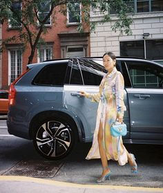 Aimee Song of Song of Style takes the Volvo Luxury SUV to shows during New York Fashion Week Aimee Song, Song Of Style, Volvo Cars, Volvo Xc90, Luxury Suv, Swedish Design, Pure Products, Songs, York
