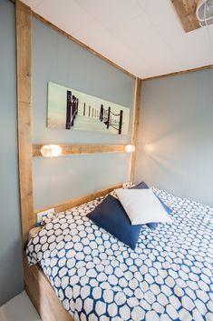 Als er iets is wat in deze kamer een sfeermaker is, dan zijn dat toch echt de muurdecoraties. Past precies bij het thema en is simpel weg gewoon mooi! #muurdecoraties #slaapkamer #interieur #styling #stoerbuiten