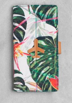 & Other Stories travel purse in tropical print