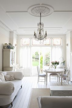 Get inspired by French Country Dining Room Design photo by Milieu Home Goods. Wayfair lets you find the designer products in the photo and get ideas from thousands of other French Country Dining Room Design photos. Small Living Rooms, Home Living, Living Spaces, Buffet Vitrine, French Country Dining Room, Country Living, Estilo Shabby Chic, White Rooms, Home And Deco