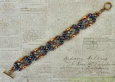 Linda's Crafty Inspirations: Bracelet of the Day: Eclipse Bracelet - Montana Blue