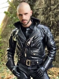 Mens Leather Pants, Motorcycle Leather, Biker Leather, Black Leather, Leather Gloves, Leather Jackets Online, Leder Outfits, Hommes Sexy, Leather Fashion