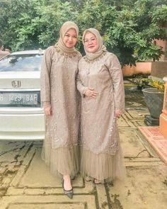 Dress Brokat Muslim, Dress Brokat Modern, Kebaya Muslim, Model Kebaya Brokat Modern, Kebaya Modern Hijab, Kebaya Hijab, Kebaya Dress, Kebaya Wedding, Muslimah Wedding Dress