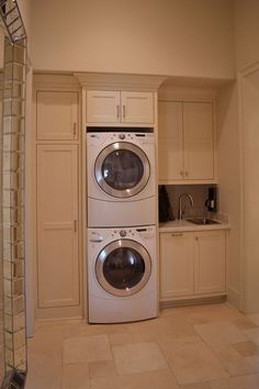 Best 20 Laundry Room Makeovers - Organization and Home Decor Laundry room decor Small laundry room organization Laundry closet ideas Laundry room storage Stackable washer dryer laundry room Small laundry room makeover A Budget Sink Load Clothes Laundry Room Remodel, Basement Laundry, Farmhouse Laundry Room, Laundry Closet, Small Laundry Rooms, Laundry Room Organization, Laundry Room Design, Laundry In Bathroom, Laundry Room Ideas Stacked