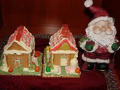 biskoto spitakia me glaso Christmas Fun, Christmas Ornaments, Gingerbread, Cooking Recipes, Holiday Decor, Xmas Cakes, Cookies, Christmas Cakes, Crack Crackers