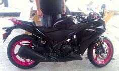 Black and Pink CBR 250